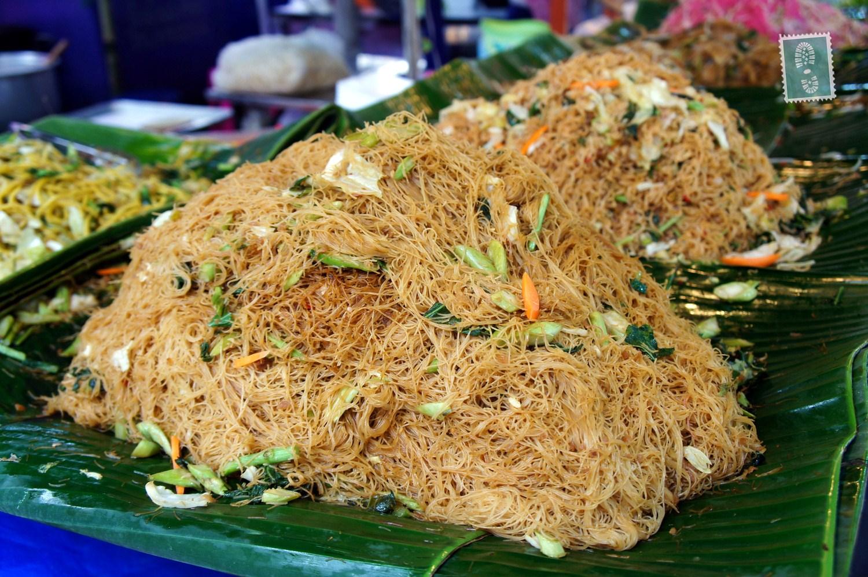 Fried vegetables noodles for only 15 Baht per portion