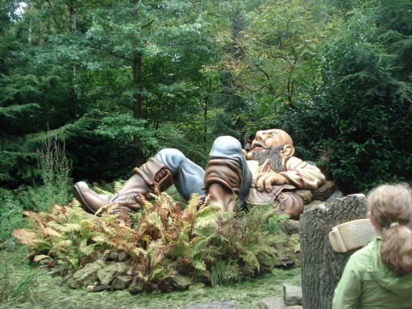 Sleeping-Giant-writing-contest
