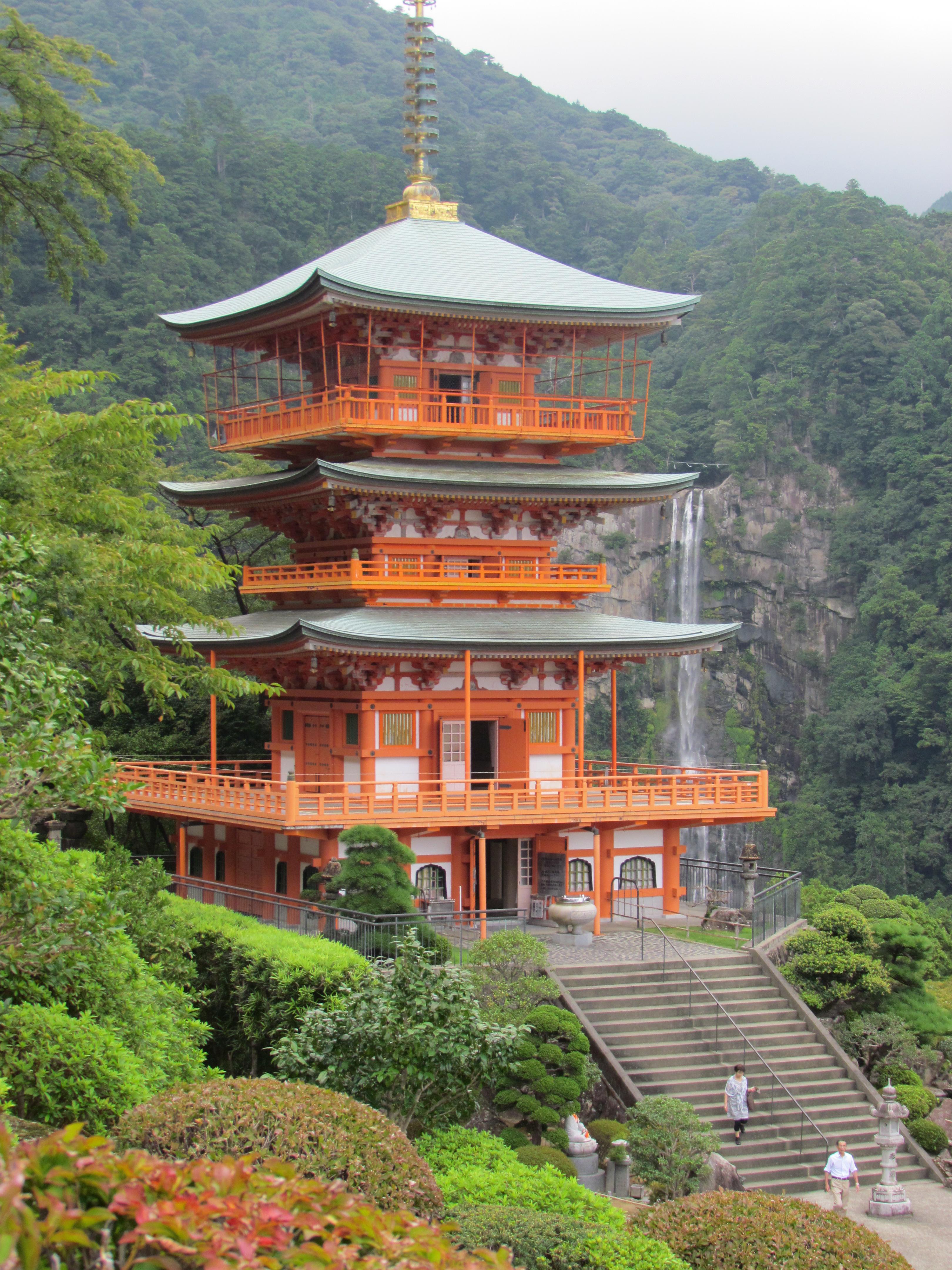 Wakayama: Japan's Pacific Coast Pearl