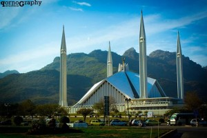 Faisal Mosque, by Qornography