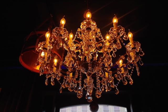 chandelierbr