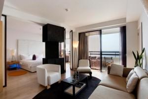Stay at Londa Hotel