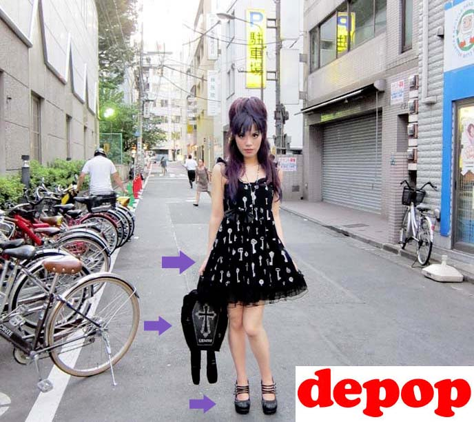 la-carmina-travel-fashion-blogger-clothing-sale-depop (3)