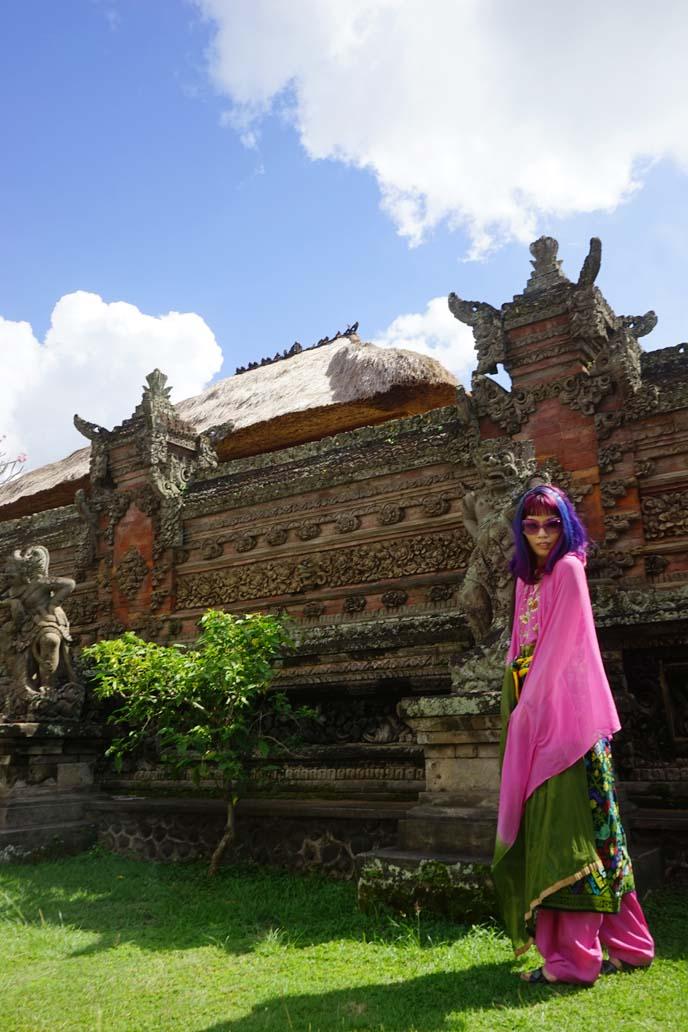 bali-temple-lacarmina-travel-blogger-influencer