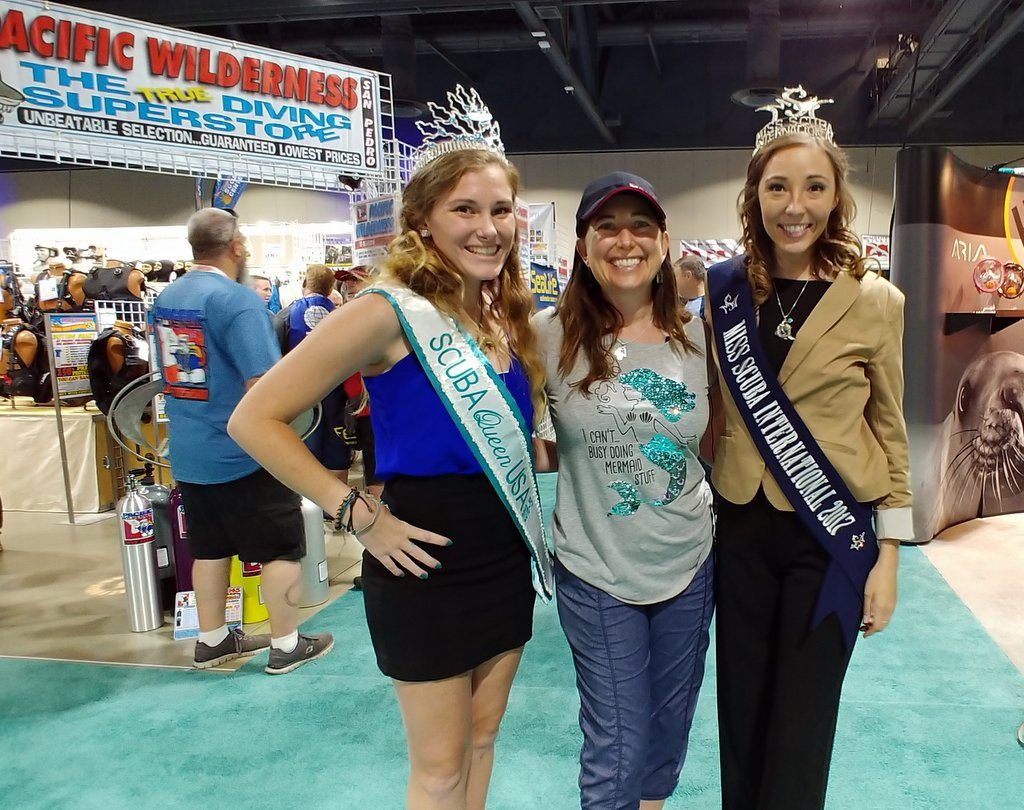 Lisa Niver with Miss SCUBA International and SCUBA Queen USA