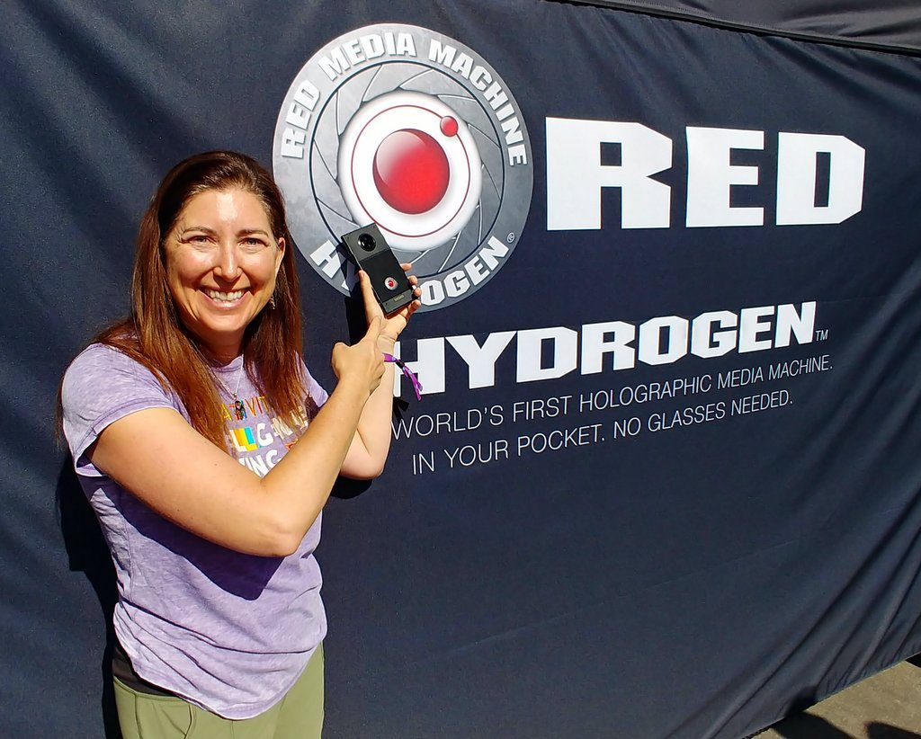 Lisa Niver with Red Hydrogen One ATT SHAPE