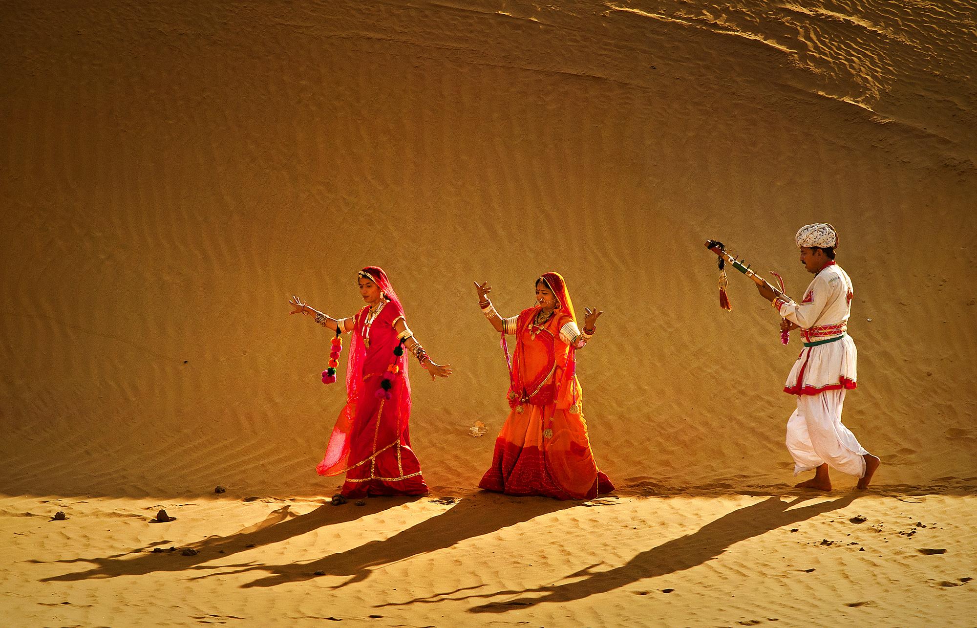 Tunes in Dunes, Rajasthan, India