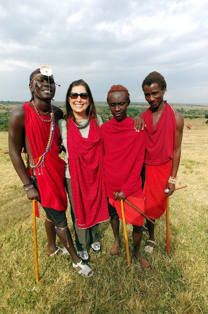 Lisa Niver and Maasai Warriors Kenya #AKTravel