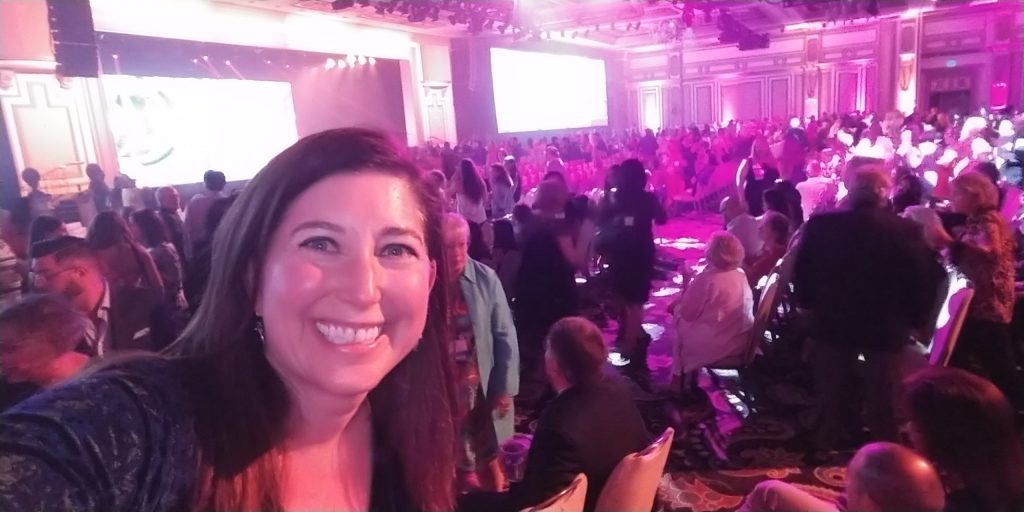 Lisa Niver at Virtuoso Travel Week Welcome Ceremony