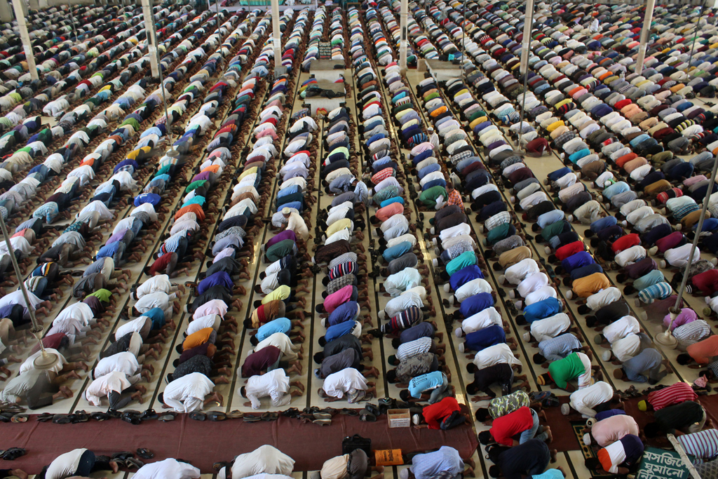 Prayer in the Mosque of Dhaka, Bangladesh