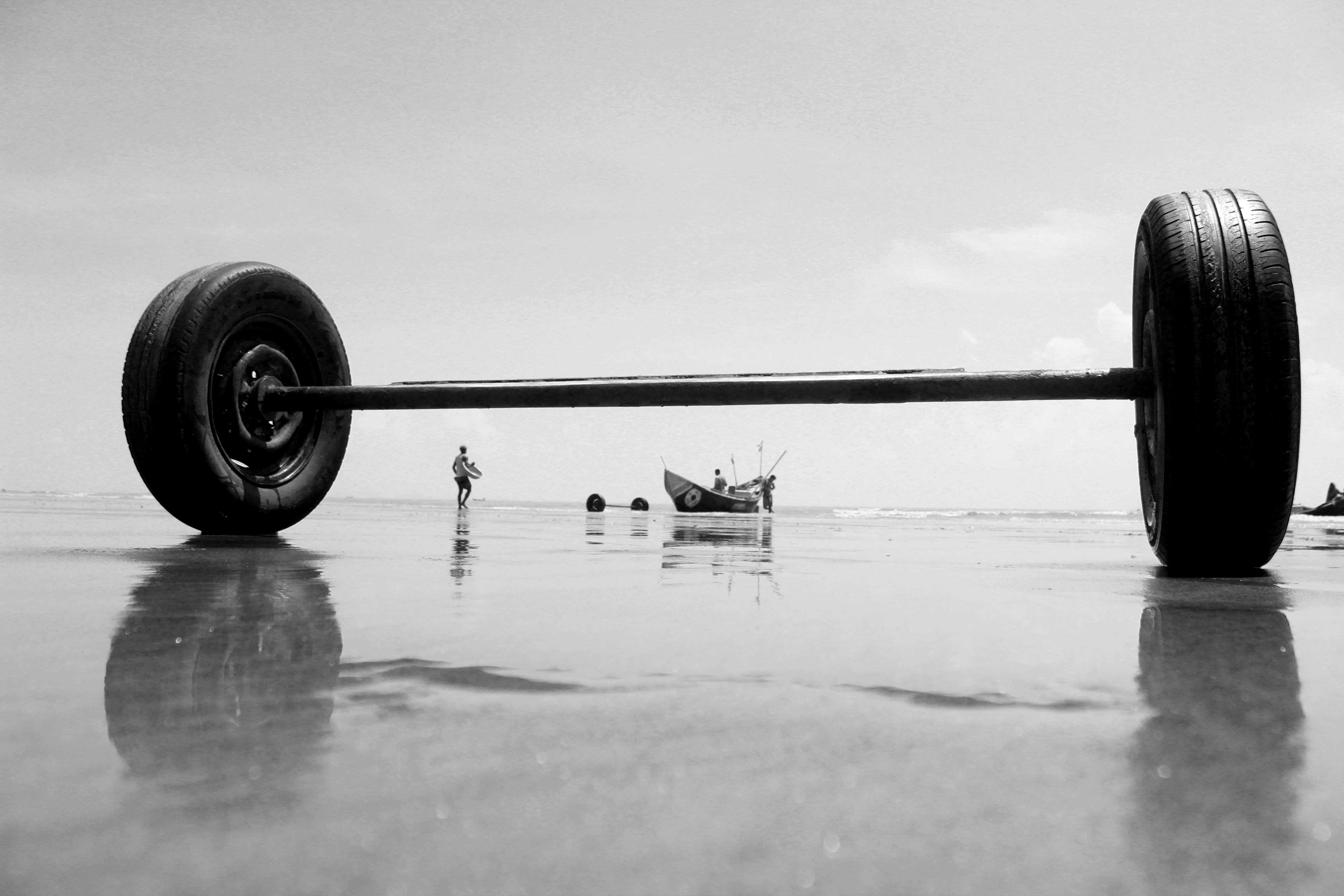 Fishermen are preparing to fish in the sea of Bangladesh