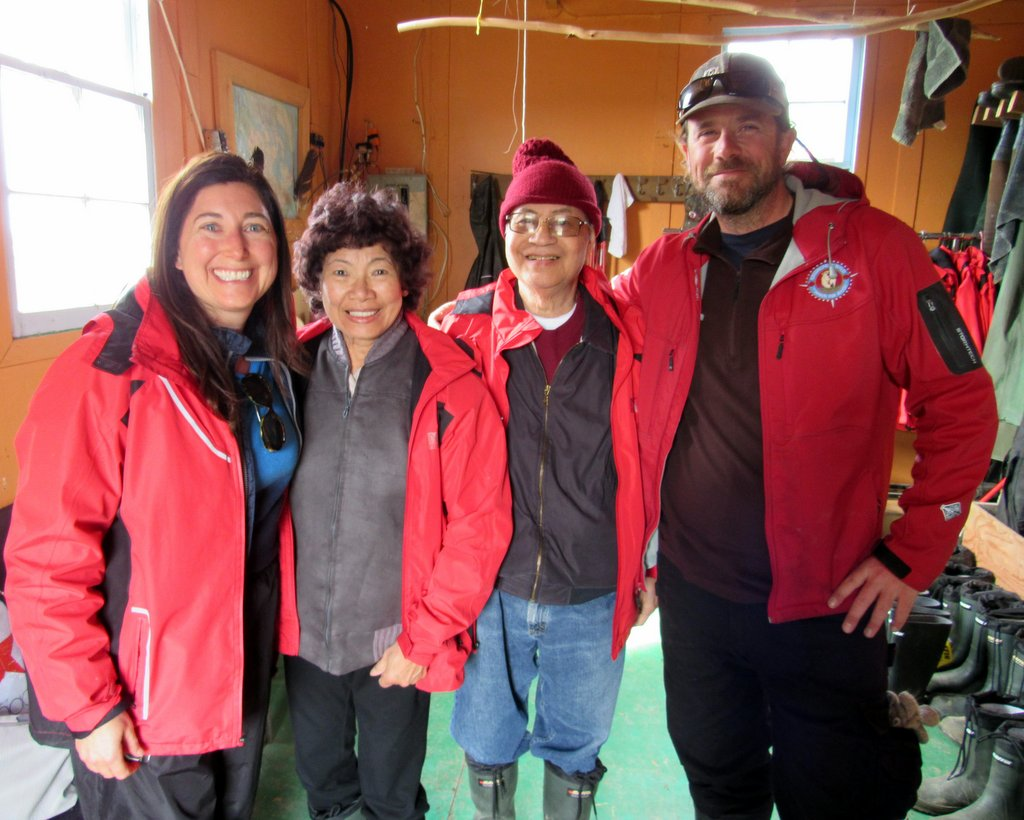 Churchill Wild Arctic Safaris: Getting ready to see Polar Bears