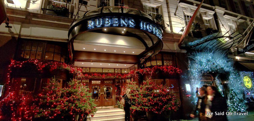 The Rubens at the Palace at night