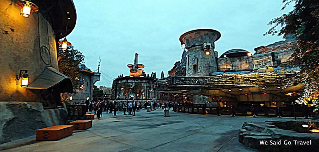 Batuu at Night Star Wars Galaxys Edge