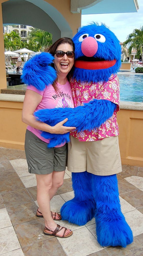 Lisa Niver and Grover