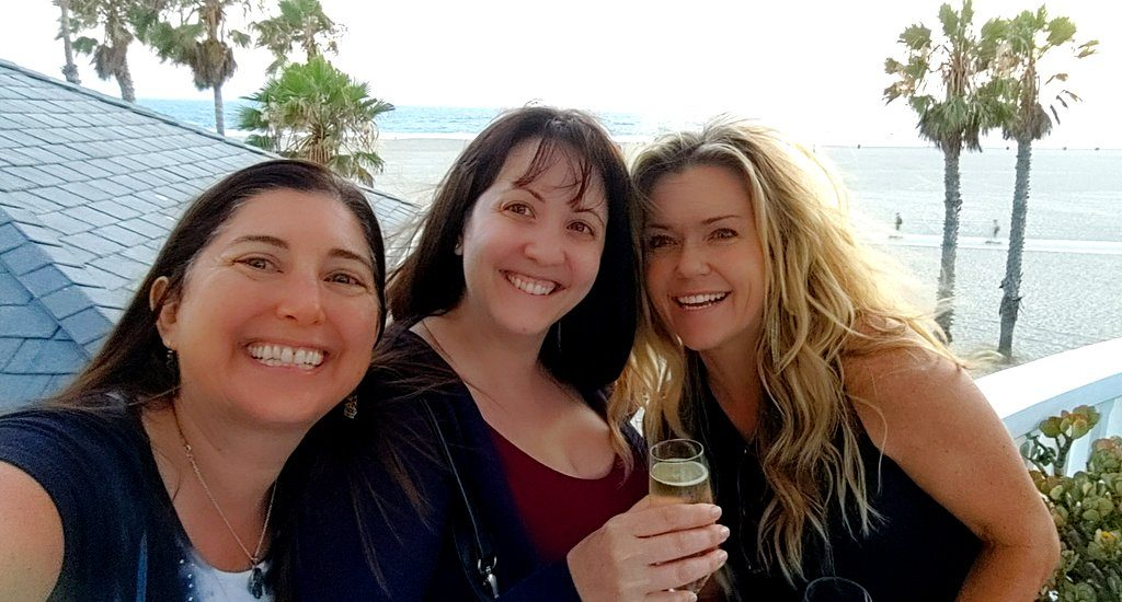 Lisa Niver Jina Michaels Amy Ramskill at Shutters on the Beach