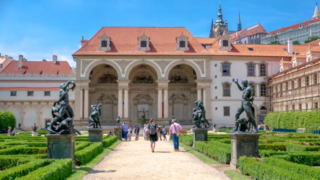 01-Waldstein-Garden-in-Prague