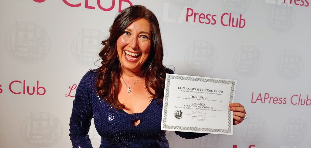 Lisa Niver wins at NAEJ National Arts and Entertainment Journalism Awards 2019